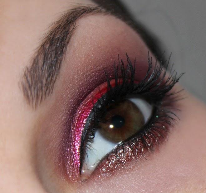 Amu mit roten Pigmenten