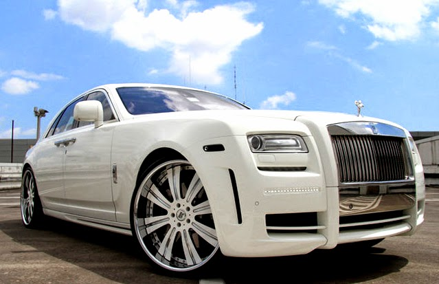 Roll Royce Phantom White