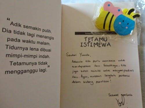Buku Tetamu Istimewa (Kumpulan Cerpen Remaja) Penulis buku: Mohd Helmi Ahmad Harga: RM23.00