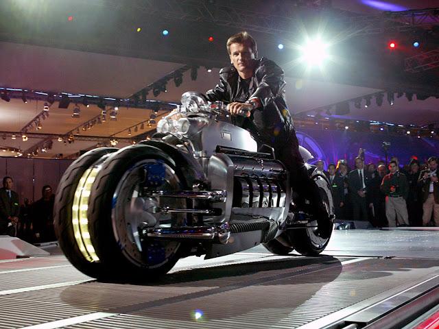 Foto Sepeda Motor Konsep Dodge Tomahawk 02