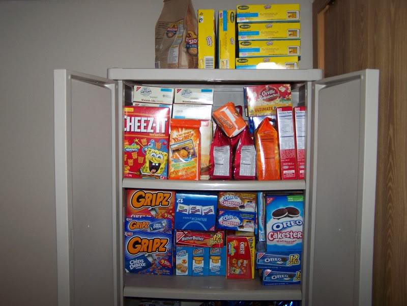 Merveilleux Cabinet Bursting With Snack Foods Sad Reminder Of ArenaBowl Party No Shows