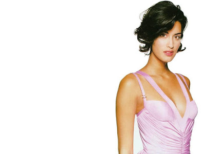 Sexy Model Yasmeen Ghauri Wallpaper