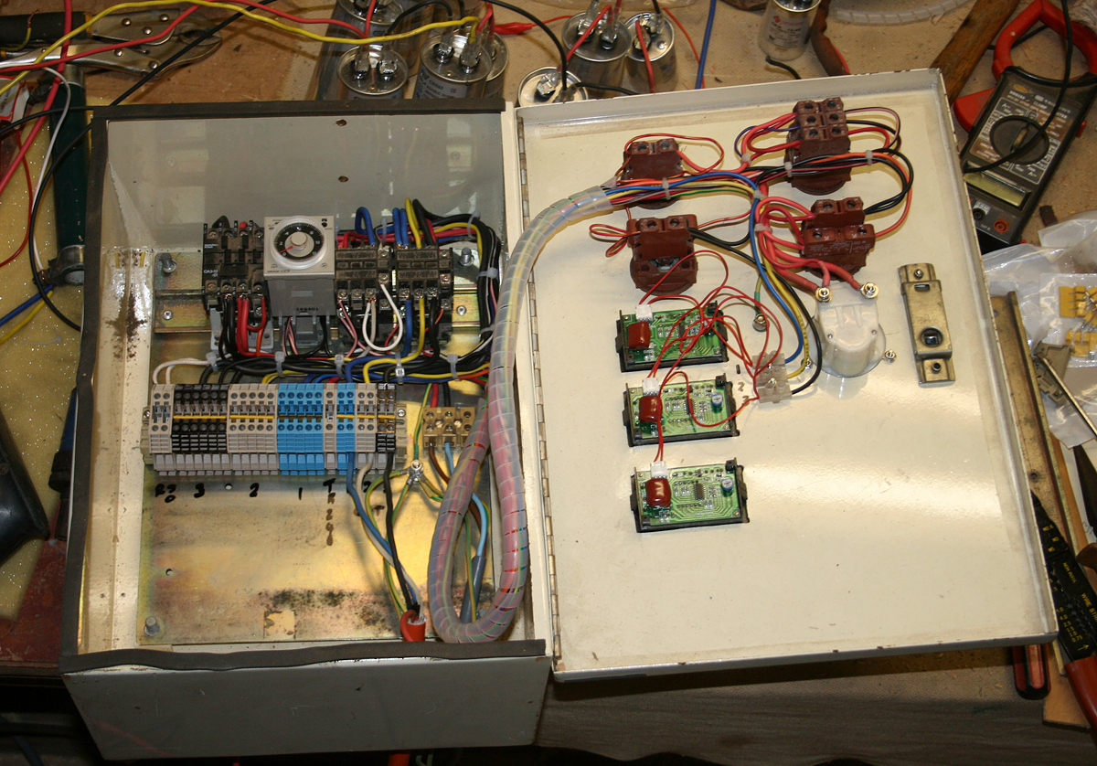 My Place 69 Rotary Convertor Part One Electrical Wire Tester Ebay Once The Parcels Had Arrived I Delved Into Stores Of Bits And Put Together A Switch Panel To Control Converter