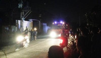 Cháy nổ trạm biến thế cực kỹ dữ dội khiến nhiều người hốt hoảng