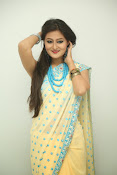 Nilofer sizzling saree photos-thumbnail-12