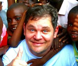 DIRETOR EXECUTIVO  (Guiné Bissau)