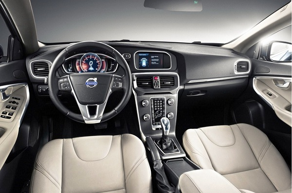 Picture 2013 New Volvo V40 hatchback interior