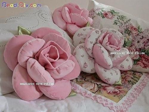Подушки - розочки