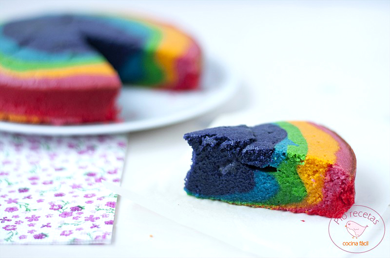 porcion bizcocho arco iris