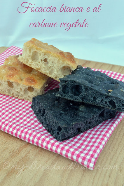 schiacciata al carbone vegetale