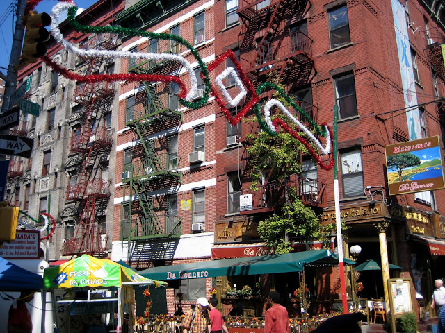 salisbury hotel nyc feast of san gennaro in little italy. Black Bedroom Furniture Sets. Home Design Ideas