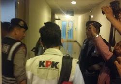 KPK Geledah Ruang Biro Keuangan Pemprovsu