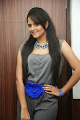 Anasuya latest sizzling photos-thumbnail-9