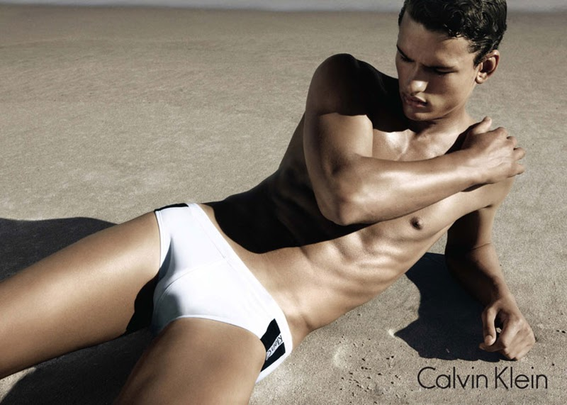 Simon Nessman hot