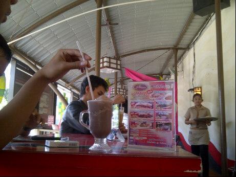 Lowongan Waiters & Kitchen Staff Cito Cafe & Resto Bandar Lampung November 2012