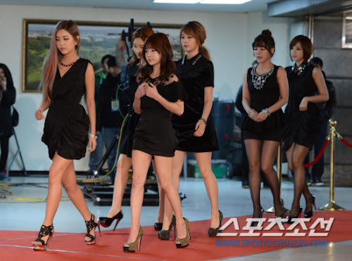 Foto T-ara di Red Carpet Melon Music Awards 2012