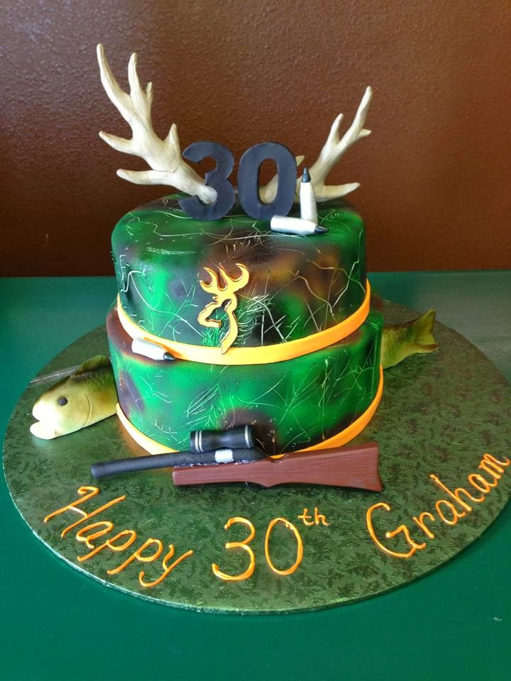Camo Hunting 30th Birthday Cake