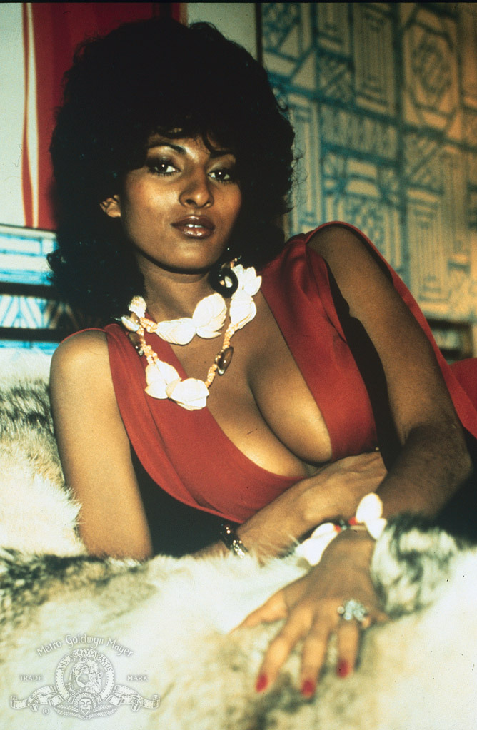 coffy pam grier with - photo #3