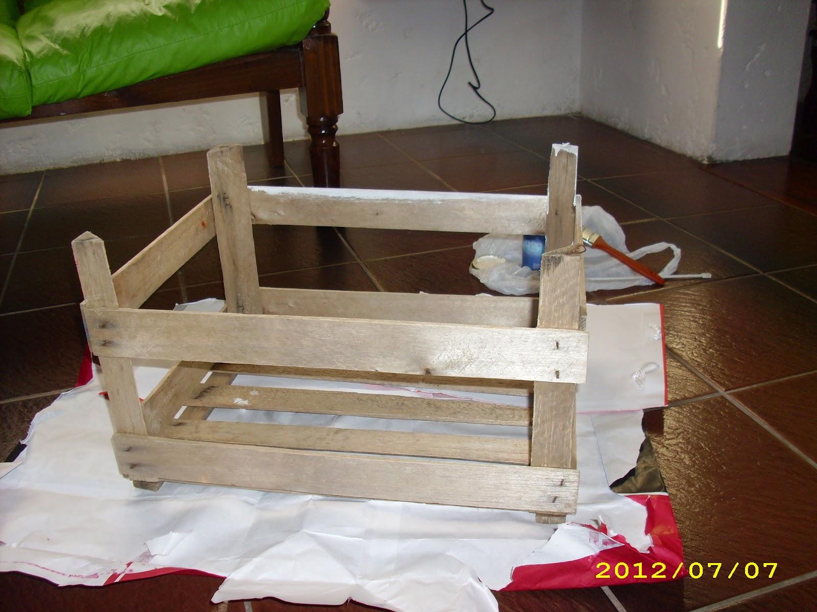 El taller de sof a reciclaje de un caj n de verduras - Cajon para guardar juguetes ...