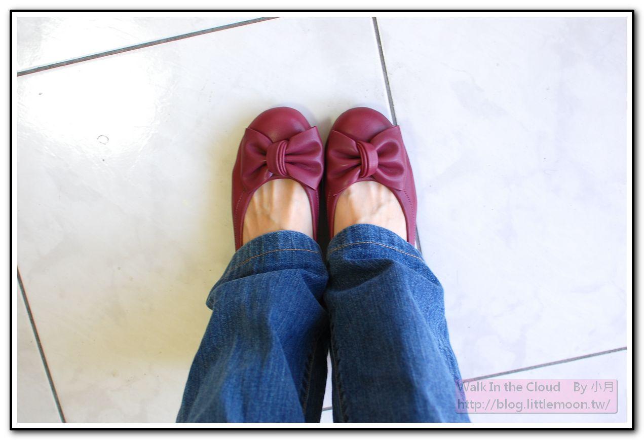 DeSire 搭配牛仔褲的鞋鞋