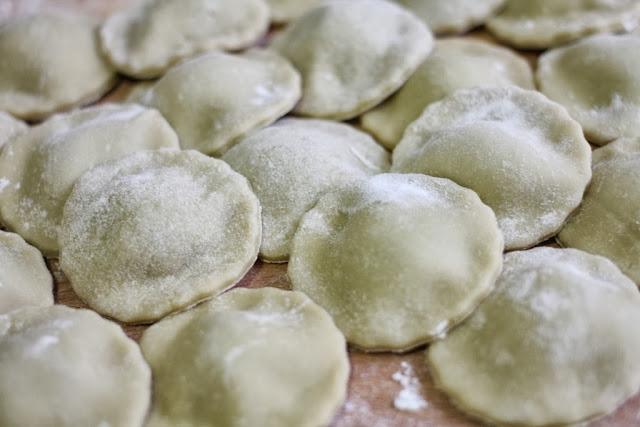 Ravioli de espinacas y ricotta - El dulce mundo de Nerea