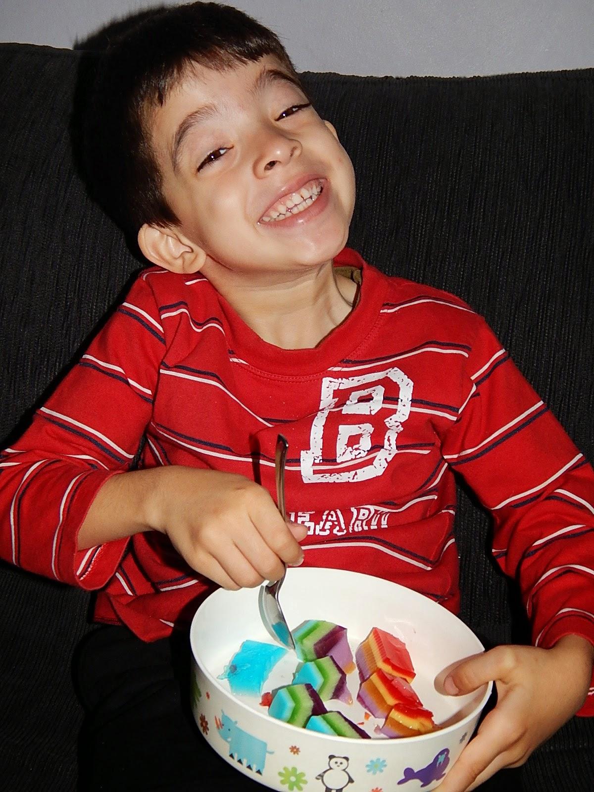 gelatina em camada colorida