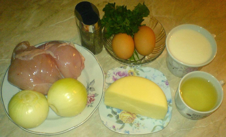 Ingrediente clatite cu pui la cuptor, clatite cu pui, clatite la cuptor, retete culinare, retete de mancare, retete cu pui, preparate culinare, retete rapide, retete usoare, retete si preparate culinare cu carne de pui,