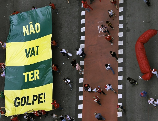 52 anos após o golpe, país não aceita o valor universal da democracia
