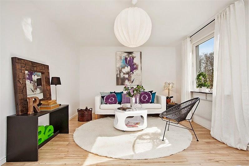 Un apartamento con pincelada en color Orquídea Radiante