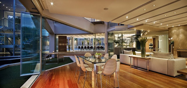 Photo of second dinning room by the glass wall