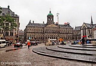 de Dam Square royal palace amsterdam