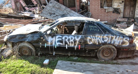 writing christmas message on your car female used car expert simon shield cars