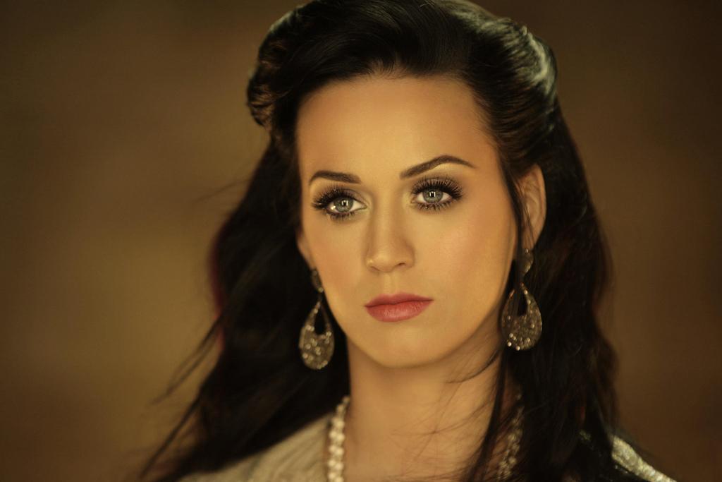 katy perry beauty singer - photo #10