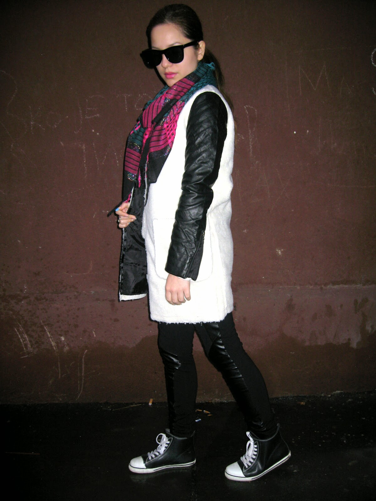 choies.com, outfit, review, beige faux fur coat with leather sleeves, white coat, black leggings, white sweater, black cat eye sunglasses, green and pink scarf, black converse