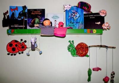 alguns llibres infantils amb les seves manualitats i DIY