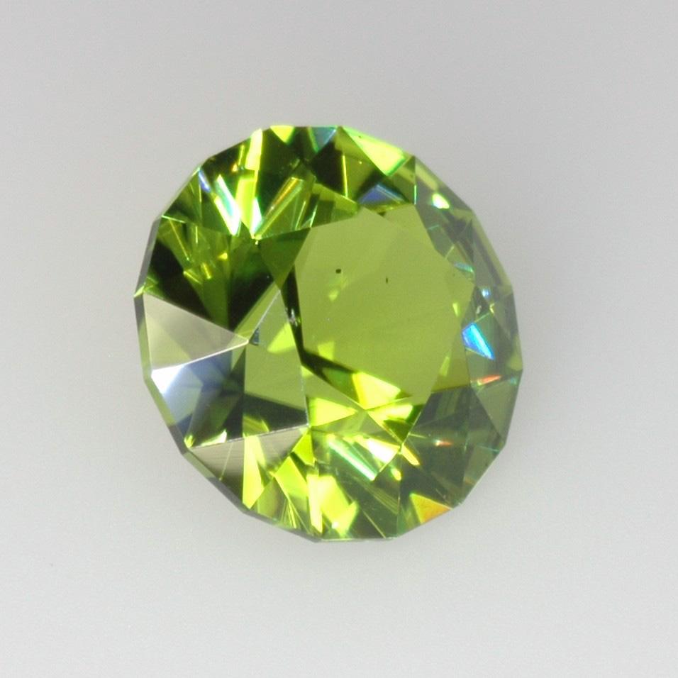 clara masai metaphysical writer gemstone meaning peridot