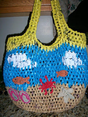 Free Crochet Patterns Plarn Bags : Upcycled Plarn Grocery Tote Pattern - Petals to Picots