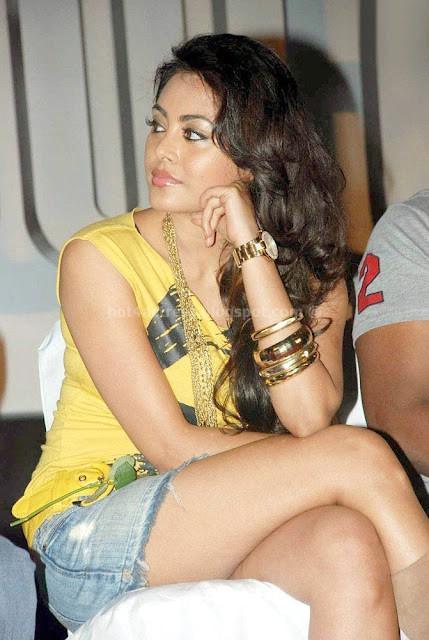 Meenakshi hot  pics