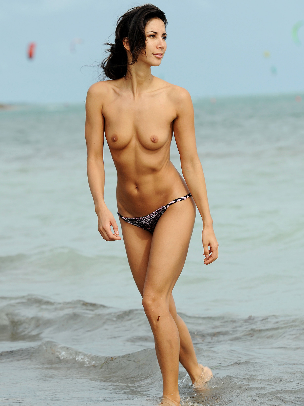 Leilani dowding topless nude (42 photos)