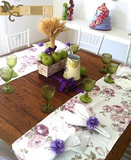 decoração provençal lilás, Thiago Calil, caminho de mesa floral