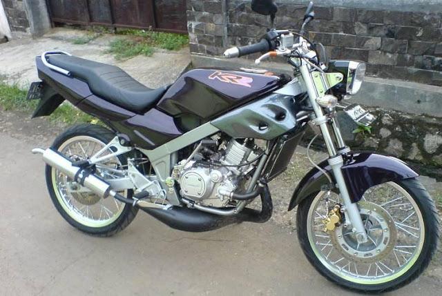 Kumpulan Gambar Modifikasi Motor Kawasaki Ninja 150R Fairing KRR SSR 3.jpg