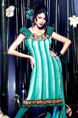 Muslim Salwar Kameez, Clothing