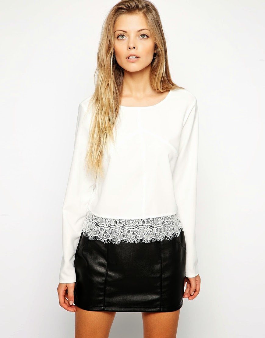 white jumper lace