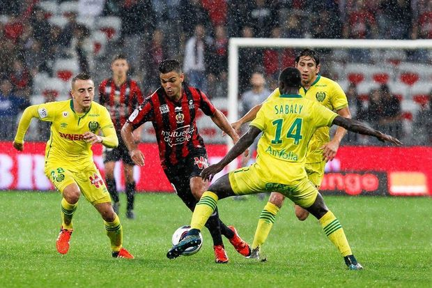 pronostic foot ligue 1 match en retard j9 nice nantes who 39 s the bet. Black Bedroom Furniture Sets. Home Design Ideas