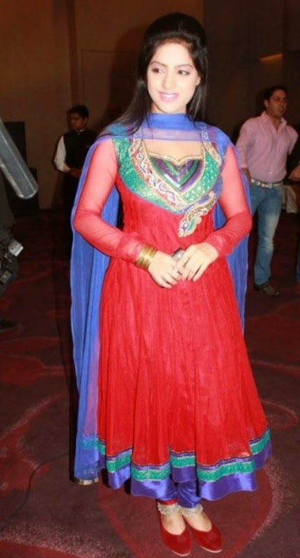 Deepika Singh Beautiful Dress wallpaper, Deepika Singh Beautiful dress Photos, Deepika Singh pics, Deepika Singh pictures free