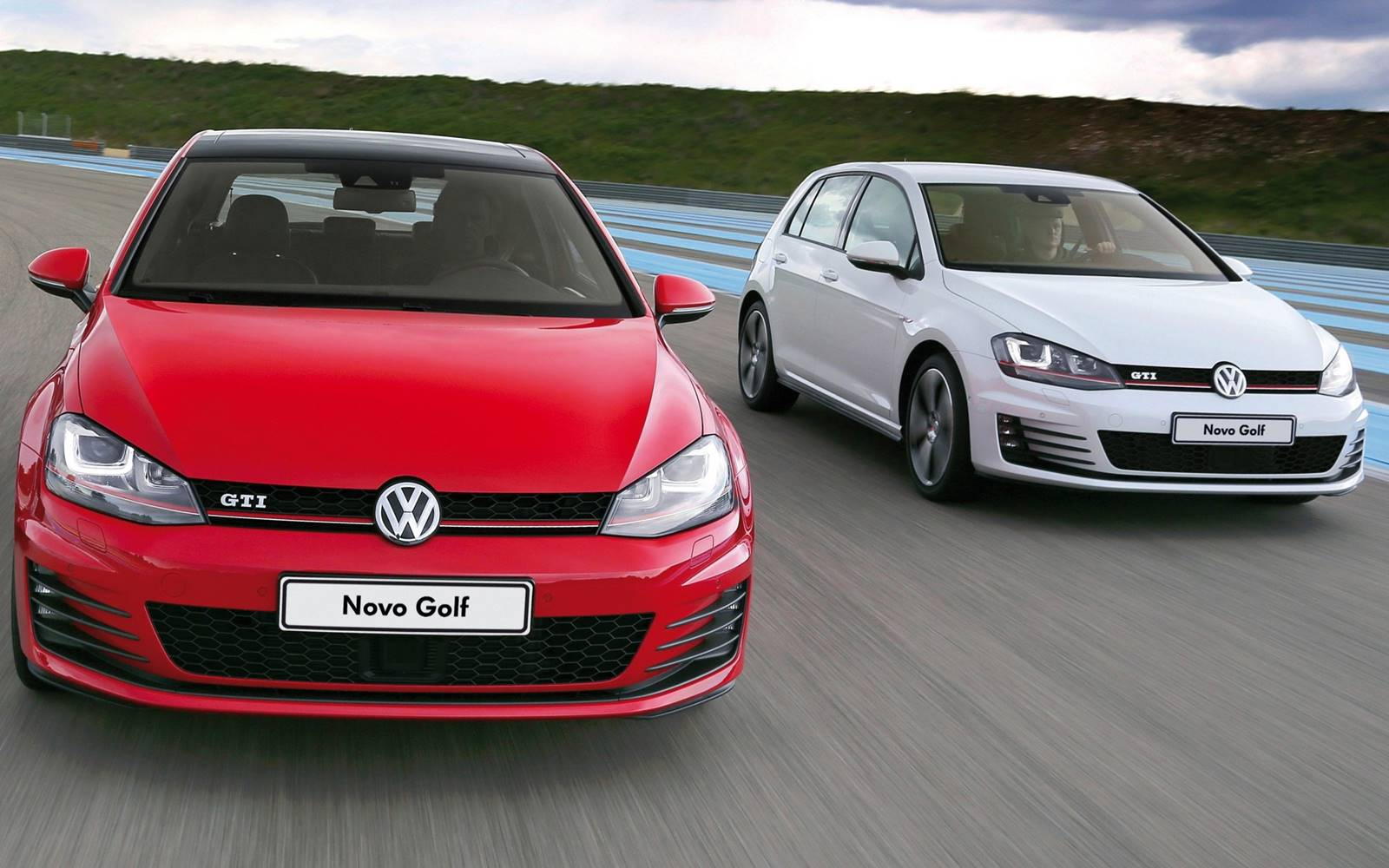 vw golf gti 2016 itens de s rie e opcionais pre os car blog br. Black Bedroom Furniture Sets. Home Design Ideas