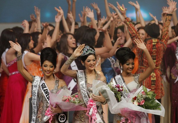 puteri indonesia 2011 winners