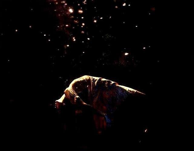 """Poema HAY QUE MORIR, de Salvador Negro. Libro de Referencia: Marga Clark, """"Auras"""", Ed. El toro de barro, Carlos Morales Ed. Tarancón de Cuenca 2001"""
