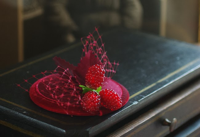 fascinator with berries, valentines day headwear, jazzafine