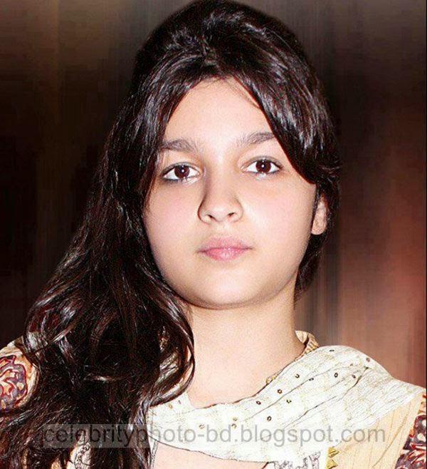 Beautiful%2BCute%2BPakistani%2BGirls%2BLatest%2BWallpapers%2B2014011
